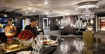 Fashion lighting, store lighting, outlet lighting